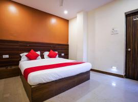 OYO 18652 Hotel Golden Shah, Hyderabad