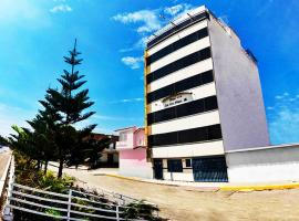 Tres Pinos Hotel, Chiclayo