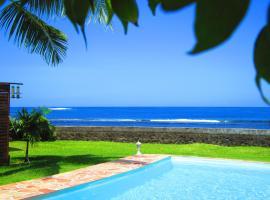 Tahiti Surf Beach Paradise, Atimaono