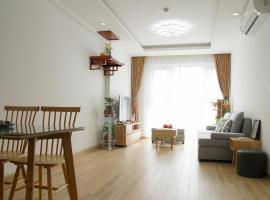 Luxury Apartment Room - Imperial Plaza, Hanoi