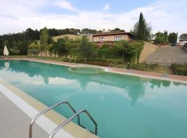 Montaione Apartment Sleeps 5 Pool Air Con WiFi, Montaione