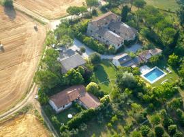 Asciano Villa Sleeps 2 Pool Air Con WiFi, Asciano