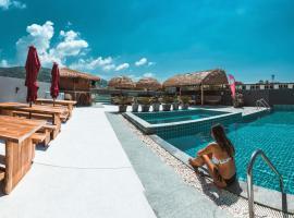 EBS Phuket Hostel, Kata Beach
