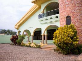 Jayliz Lodge, Tema
