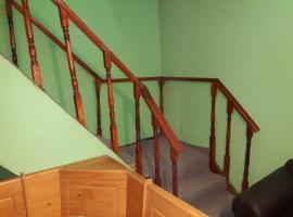 departamento comodo con entrada independiente al interior de casa, Caldera