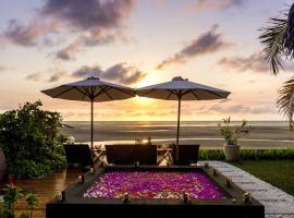 Luxury Sakina Villa - Beachfront, Dzamandzar