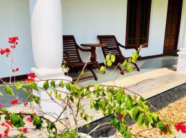 Villa with 4 rooms next to Marriott, Велигама