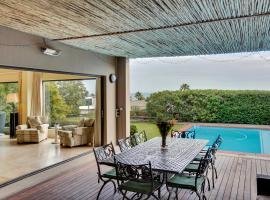Camps Bay Villa Sleeps 8 Pool Air Con WiFi, Le Cap