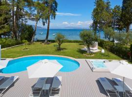 Dassia Villa Sleeps 6 Pool Air Con WiFi, Dassia