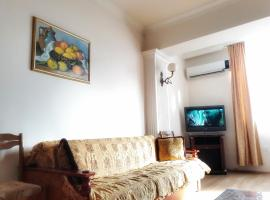 3-room apartment in the center, Baku