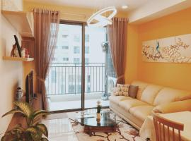 Mira 2BR Apartment near center district 1/ Free pool&gym, Ho Chi Minh-stad