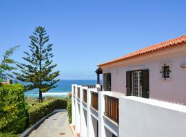 Adraga Villa Sleeps 10 Pool WiFi, Adraga