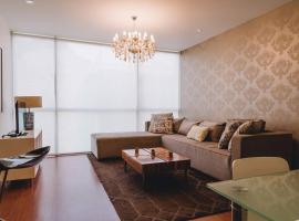 Comfy and stylish at Miraflores' heart. 2BDR, Lima