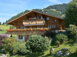 Gstaad Apartment Sleeps 8 WiFi, Gstaad