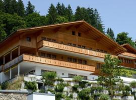 Grindelwald Apartment Sleeps 7 Pool WiFi, Grindelwald