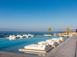 Stalida Villa Sleeps 4 Pool Air Con WiFi, Stalís