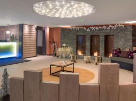 Val Thorens Apartment Sleeps 6 Pool WiFi, Val Thorens