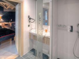 Val Thorens Apartment Sleeps 4 Pool WiFi, Val Thorens