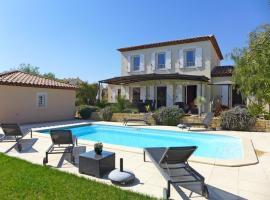 Saint-Cyr-sur-Mer Villa Sleeps 8 Pool WiFi, Saint-Cyr-sur-Mer
