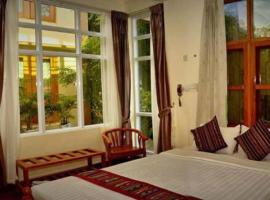 Mr. Charles Hotel, Hsipaw