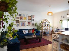 Private Room in Cozy Apartment in Aida Camp, Bethlehem, Bethlehem