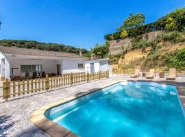 Fogars de Tordera Villa Sleeps 7 Pool WiFi, Fogás de Tordera