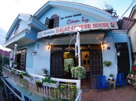 Dalat Coffee House Homestay, Dalat