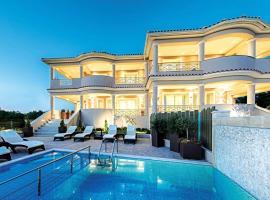 Tsilivi Villa Sleeps 6 Air Con WiFi, 蒂锡利维