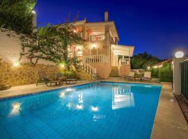 Lithakia Villa Sleeps 6 Air Con WiFi, Lithakiá