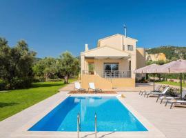Fryni Villa Sleeps 8 Air Con WiFi, Lefkada Town