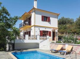 Skopelos Villa Sleeps 4 Air Con WiFi, 斯科派洛斯