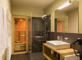 Lenzerheide Apartment Sleeps 4 Pool WiFi, Lenzerheide