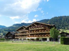 Saanen Apartment Sleeps 4 WiFi, Gstaad