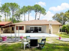 Vieux-Boucau-les-Bains Villa Sleeps 8 Pool WiFi, Vieux-Boucau-les-Bains