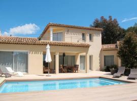 Saint-Cyr-sur-Mer Villa Sleeps 6 Pool Air Con WiFi, Saint-Cyr-sur-Mer