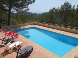 Le Plan-de-la-Tour Villa Sleeps 10 Pool Air Con, Bandol