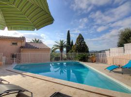Bormes-les-Mimosas Villa Sleeps 8 Pool Air Con WiFi, Bormes-les-Mimosas