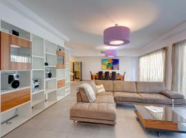 Seaview Apartment In Fort Cambridge, Sliema, Слима