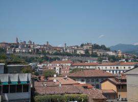 Alex E Angie, Bergamo