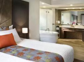 The Fives Luxury Condo One Suite, Playa del Carmen