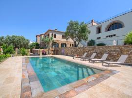 Benagil Villa Sleeps 14 Pool Air Con WiFi, Benagil