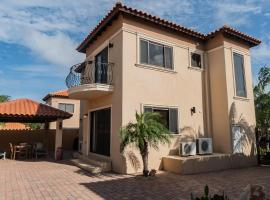 Amazing 3 bedroom Villa Diamante 156, Palm Beach