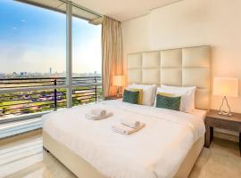 ★ Luxury Apartment   Steps away from Everything!, Dubaj