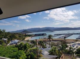 Ocean Views on Airlie, Эйрли-Бич