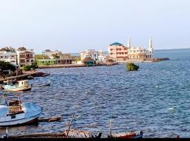 Beytul Habaib, Lamu