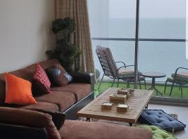 360 Apartment - Family Only, Durrat Al Bahrain