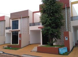 Prince's Place en Encarnación, Encarnación