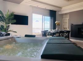 Double Suites, Gorgeous jaccuzi with lake view, Tunis