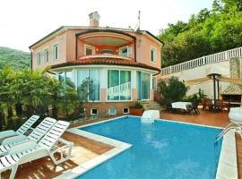 Holiday house in Opatija with sea view, terrace, air conditioning, Wi-Fi (4609-1), Опатия