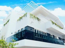 Le Hoang Villa, Ấp Xuân An